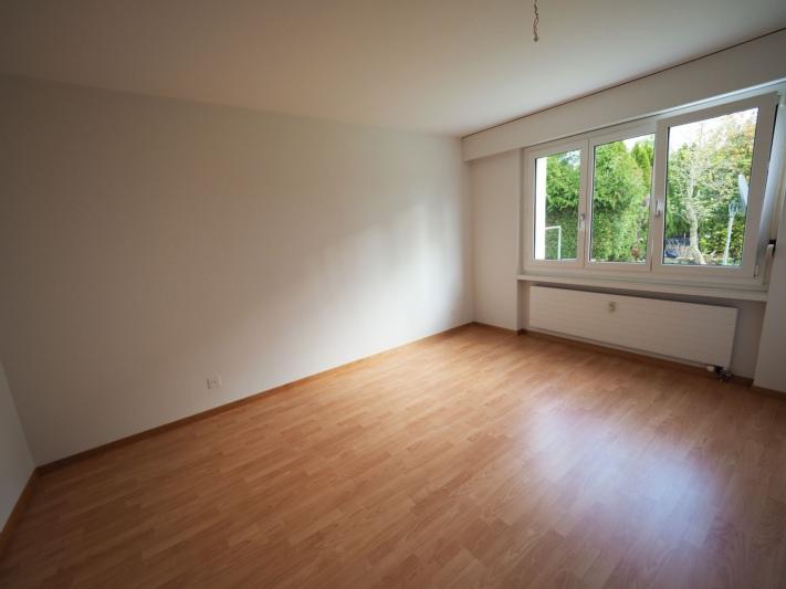 Zimmer (Foto stammt aus einem vergleichbaren Objekt der Liegenschaft)