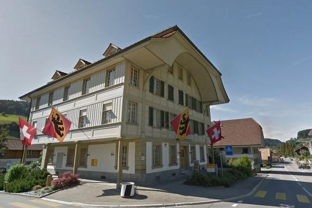 Zieht die Gemeindeverwaltung von Walkringen an die Unterdorfstrasse? (Bild: Google Street View)