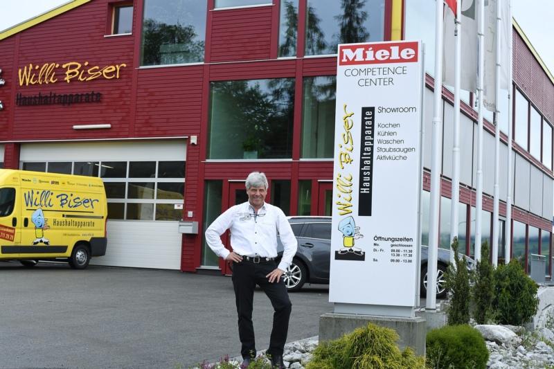 """""""Ich ging davon aus, dass ich hier etwas bieten kann, auch fürs Dorf."""": Willi Bisers Miele Competence Center in Grosshöchstetten läuft nicht wie gewünscht. (Bild: Res Reinhard)"""