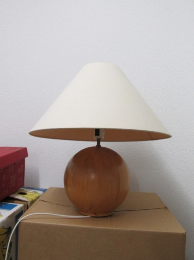 nachttisch lampen. Black Bedroom Furniture Sets. Home Design Ideas