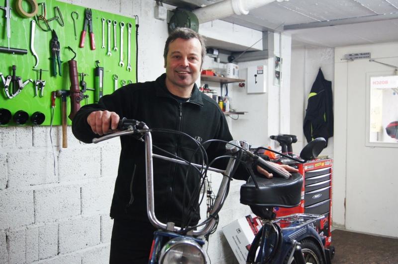Blickt trotz hart umkämpfter Branche positiv in die Zukunft: Wärchstatt Rad und Sattu-Inhaber Frédéric Probst. (Bild: Eva Tschannen)