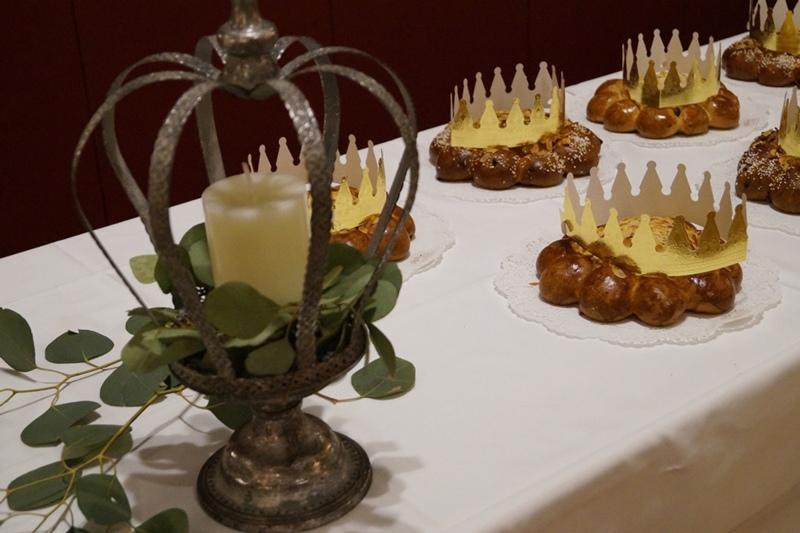 Waren zu wenig: Die Dreikönigskuchen reichten nicht für alle der rund 250 Gäste. (Bild: zvg)