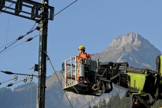 Arbeiten an der Fahrleitung verursachen mittlere Lärmemissionen.