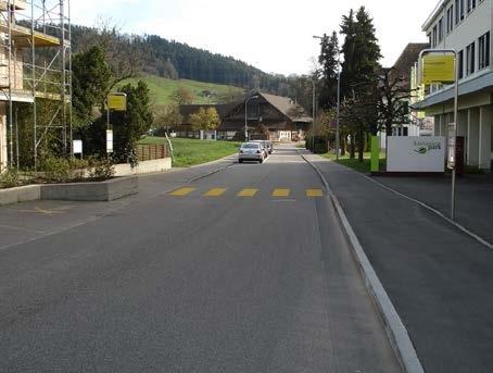 Die Parkplätze entlang der Krankenhausstrasse bleiben bestehen.