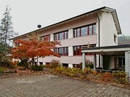 Im Schulhaus Linden werden wieder Oberstufenschüler unterrichtet. Die Zusammenarbeit mit Oberdiessbach wurde beendet. (Bild: Markus Hubacher)