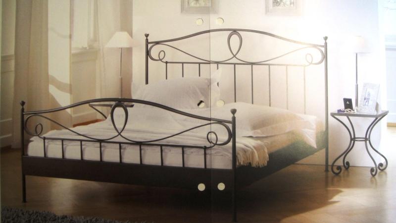 Sehr schönes romantisches Bettgestell, Lurano. Eisen, schmiedeisenfabig. In verschiedenen Grössen erhältlich. 140cmx200cm Fr. 899.-