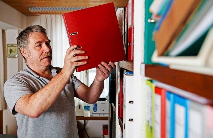 Paul Küng: kümmert sich bei seinen Kunden nicht nur um finanzielle Sachen. (Foto: Christian Pfander)