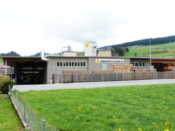 Am Standort Konolfingen befindet sich das Hobelwerk der OLWO. (Bild: zvg)