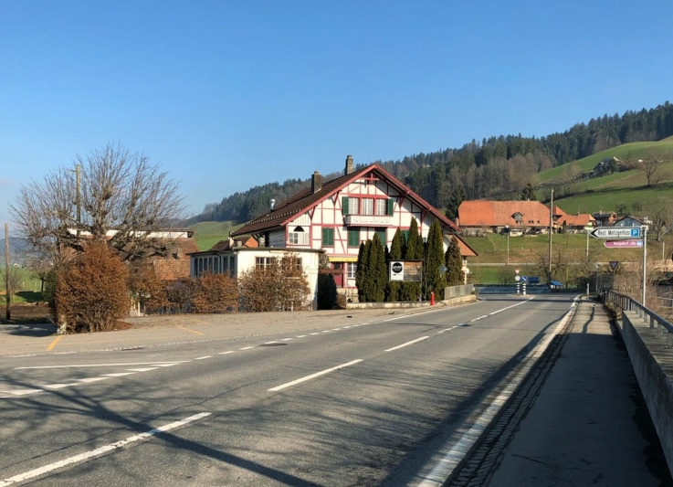 Das Metzgerhüsi Walkringen steht seit über zwei Jahren leer. Bald aber soll das Restaurant wieder geöffnet werden. (Bild: Res Reinhard)