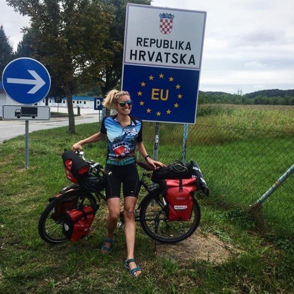 An Tag 7 erreicht Fiona die Grenze von Kroatien. (Bilder: Instagram-Profil Fiona Hutmacher)