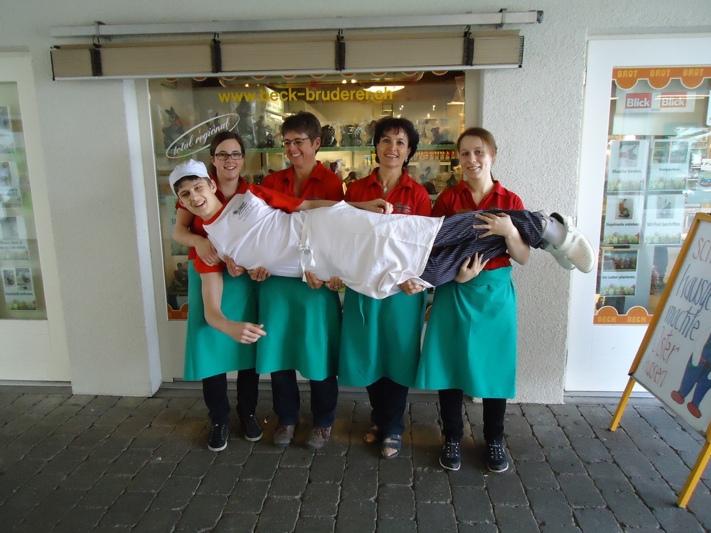 """Mit diesem Bild begann alles: Das """"Team-Selfie"""" der Bäckerei Bruderer. (Bild: zvg)"""