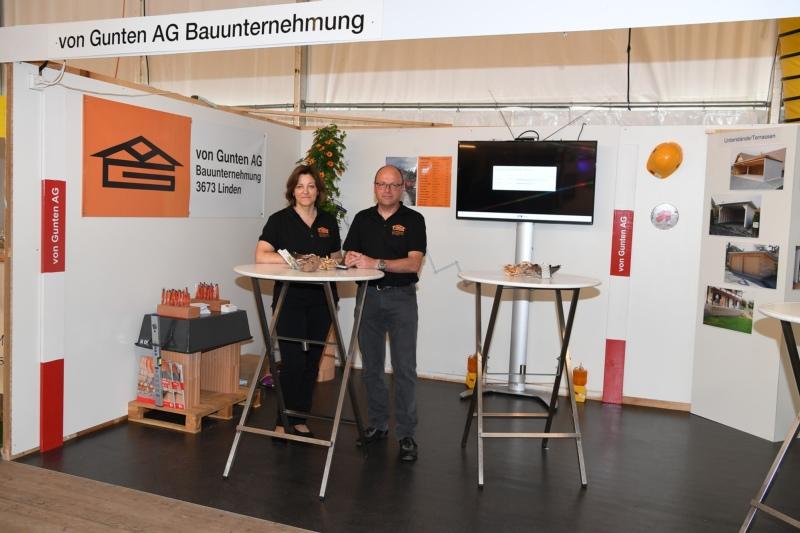 Von Gunten AG Bauunternehmung mit Brigitte und Martin von Gunten.