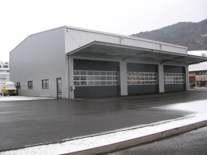 In der neuen Halle an der Weststrasse in Oberdiessbach finden die gesamten Fahrzeuge Platz.