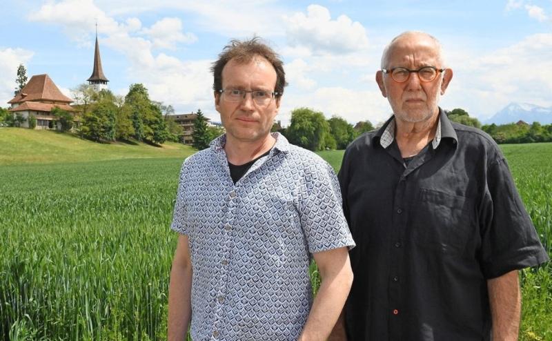 Gegner der Strasse: Martin Schütz (l.) und Patrick King im Münsinger Rossboden. (Bild: Andreas Blatter)