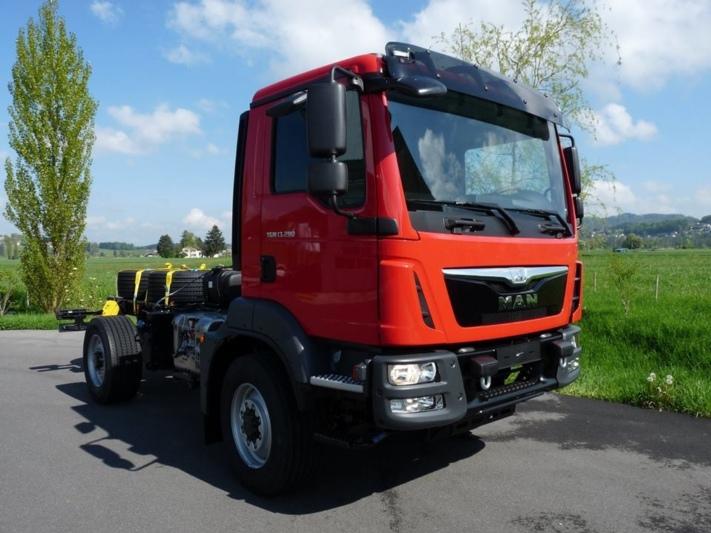 Anfang Mai traf das MAN-Fahrgestell für das neue TFL ein.
