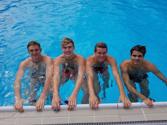 Thomas Maurer, Thierry Bollin, Cla Remund und Gabriel Jegher brachen den fast 30-jährigen Schweizer-Rekord über die 4 x 100 Meter Delphin mit einer Zeit von 4:47,91 Minuten. (Bild: zvg)