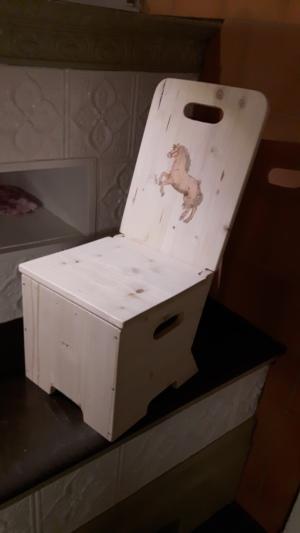 kinderstuhl. Black Bedroom Furniture Sets. Home Design Ideas