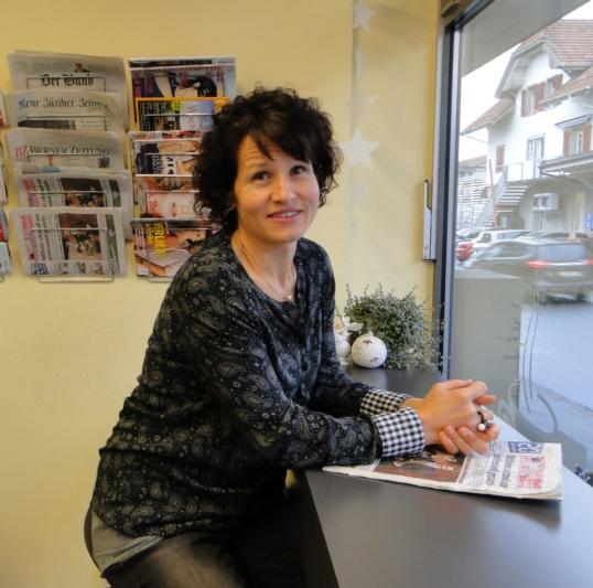 Kursleiterin Ruth Deflorin Graf möchte an den Kursen Freude am Kochen und am Essen vermitteln. (Bild: Veruschka Jonutis)