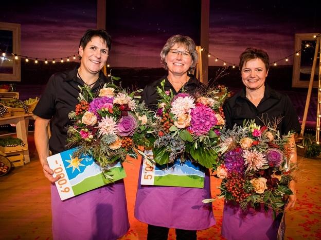 Die Plätze 1 bis 3: Gewinnerin Monika Knellwolf, Marlise Baur und Brigitte Wegmüller. (Bild: Ueli Christoffel, SRF)