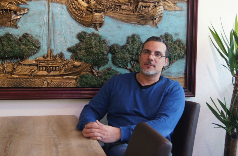 """""""Das Konzept ist dasselbe"""": Nach knapp zwei Jahren Unterbruch eröffnet Luciano Cirelli das Bistro """"Alisea"""" am neuen Standort. (Bild: Eva Tschannen)"""