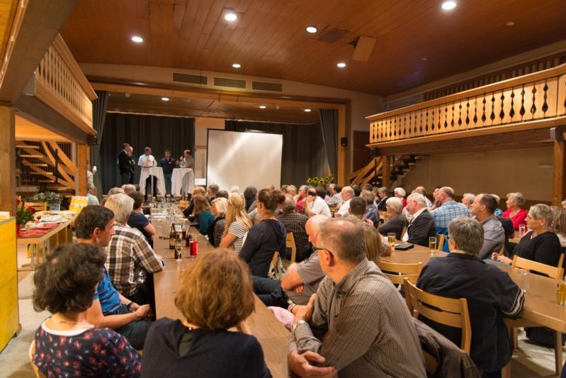 Gut besucht: Das Publikum verfolgte den Anlass mit Interesse und Humor.